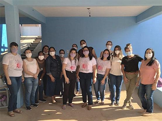 Centro de Referência à Mulher em Situação de Violência realiza reunião com enfermeiras